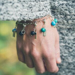 Armband grov ärtlänk med berlock mini Halvädelsten