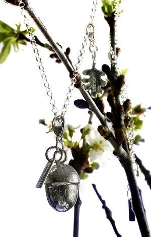 """Chain Acorn leaf """" a unique piece of nautre"""" 925 silver"""