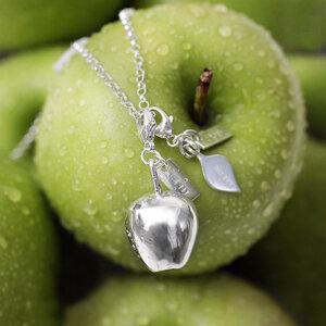Charm small Apple leaf