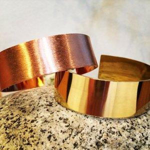 NYHET Stelt armband Mässing / Koppar